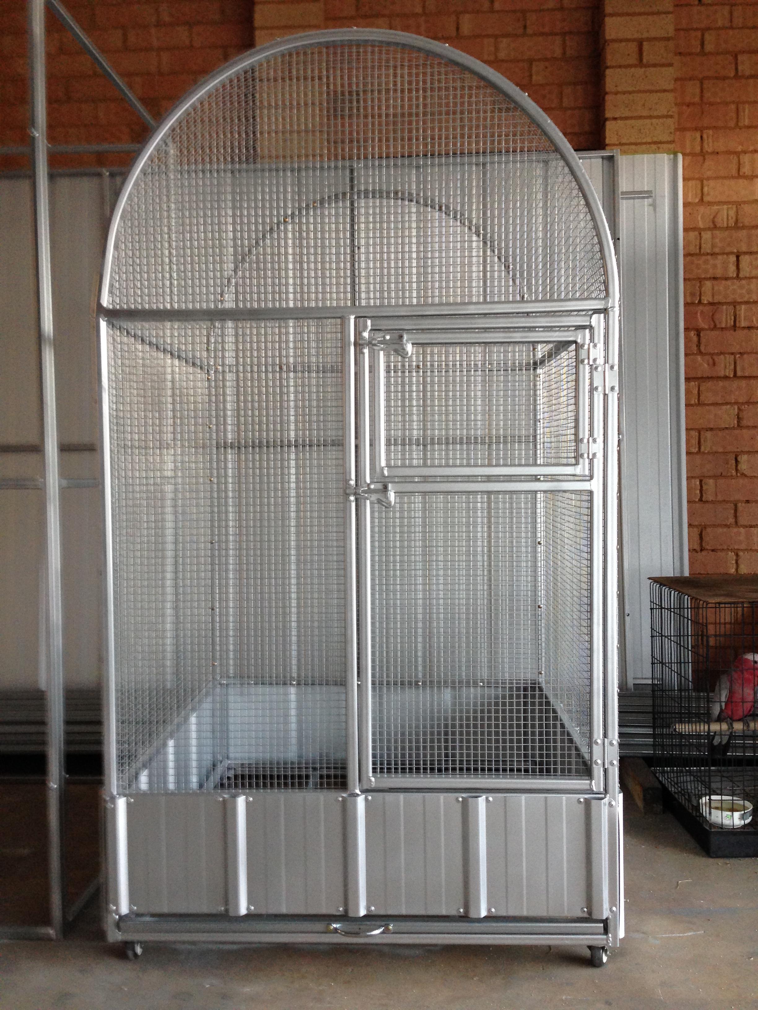 Aviaries – Pet Kingdom Enclosures